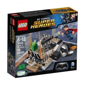 LEGO SUPER HEROES CHOQUE DE HEROES 76044