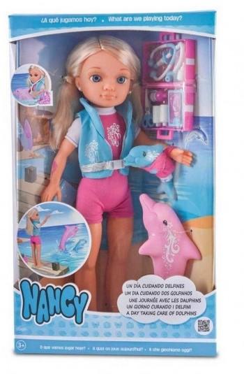 NANCY Y LOS DELFINES FAMOSA